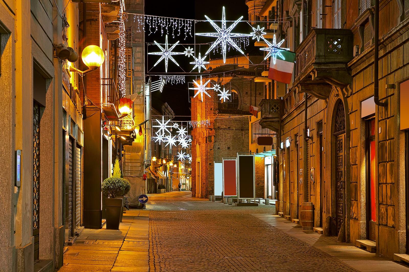 Catch The Christmas Spirit In Puglia Campania Umbria