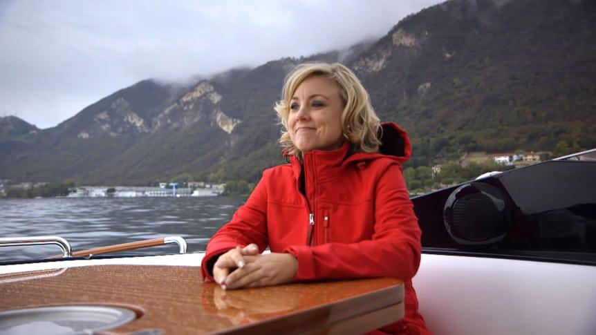 kathy-boat-lake-iseo