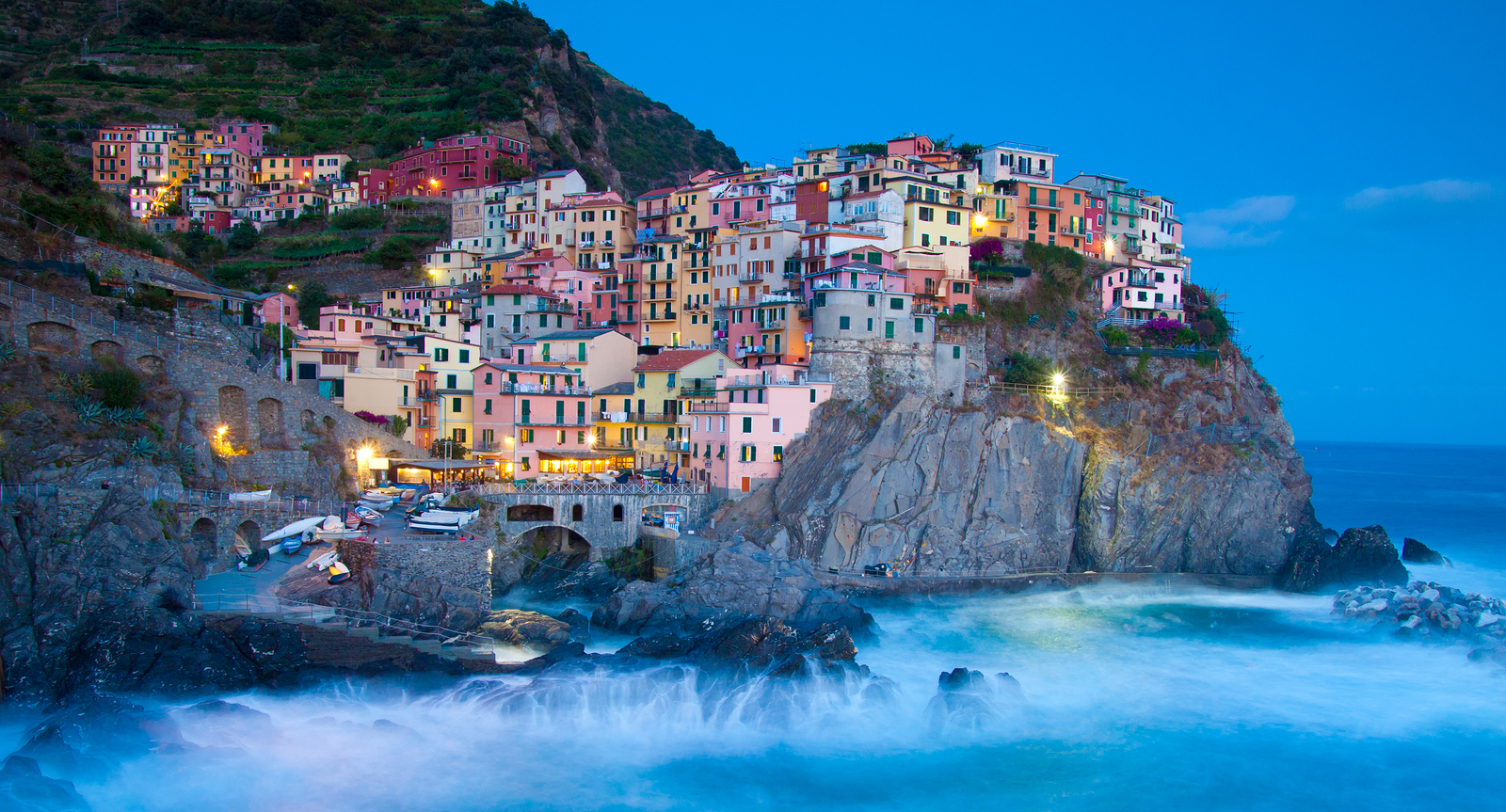 in Cinque Terre boasts a nativity lit with 15,000 solar-powered lights ...